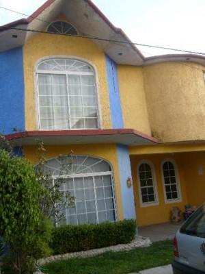 preciosa casa con 3 recamaras cerca de plaza las am�ricas