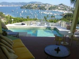 se vende hotel operando en acapulco con vista al club de yates